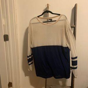 UO BDG over sized tee